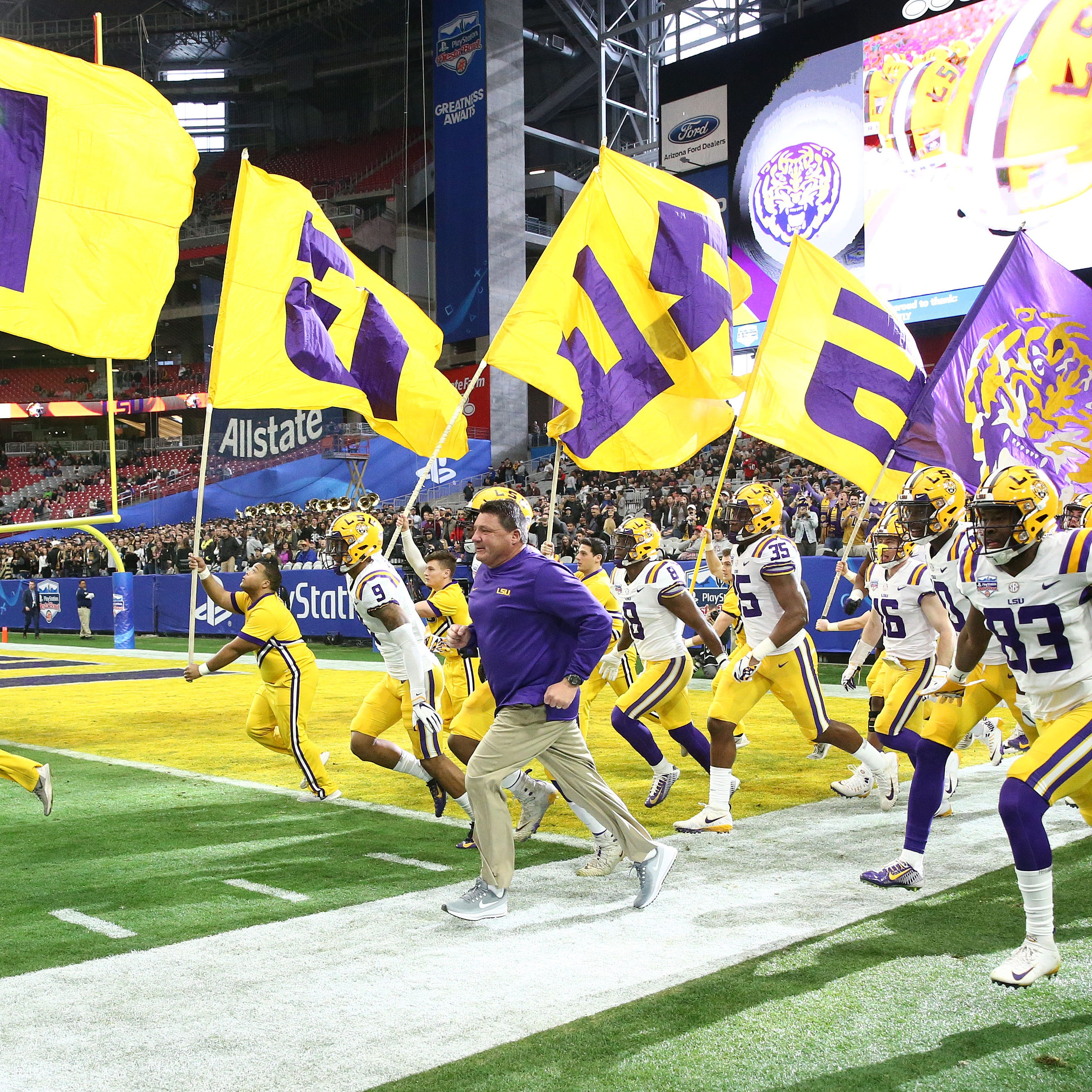 LSU shakes off rust, ends Central Florida's 25-game win streak in PlayStation Fiesta Bowl