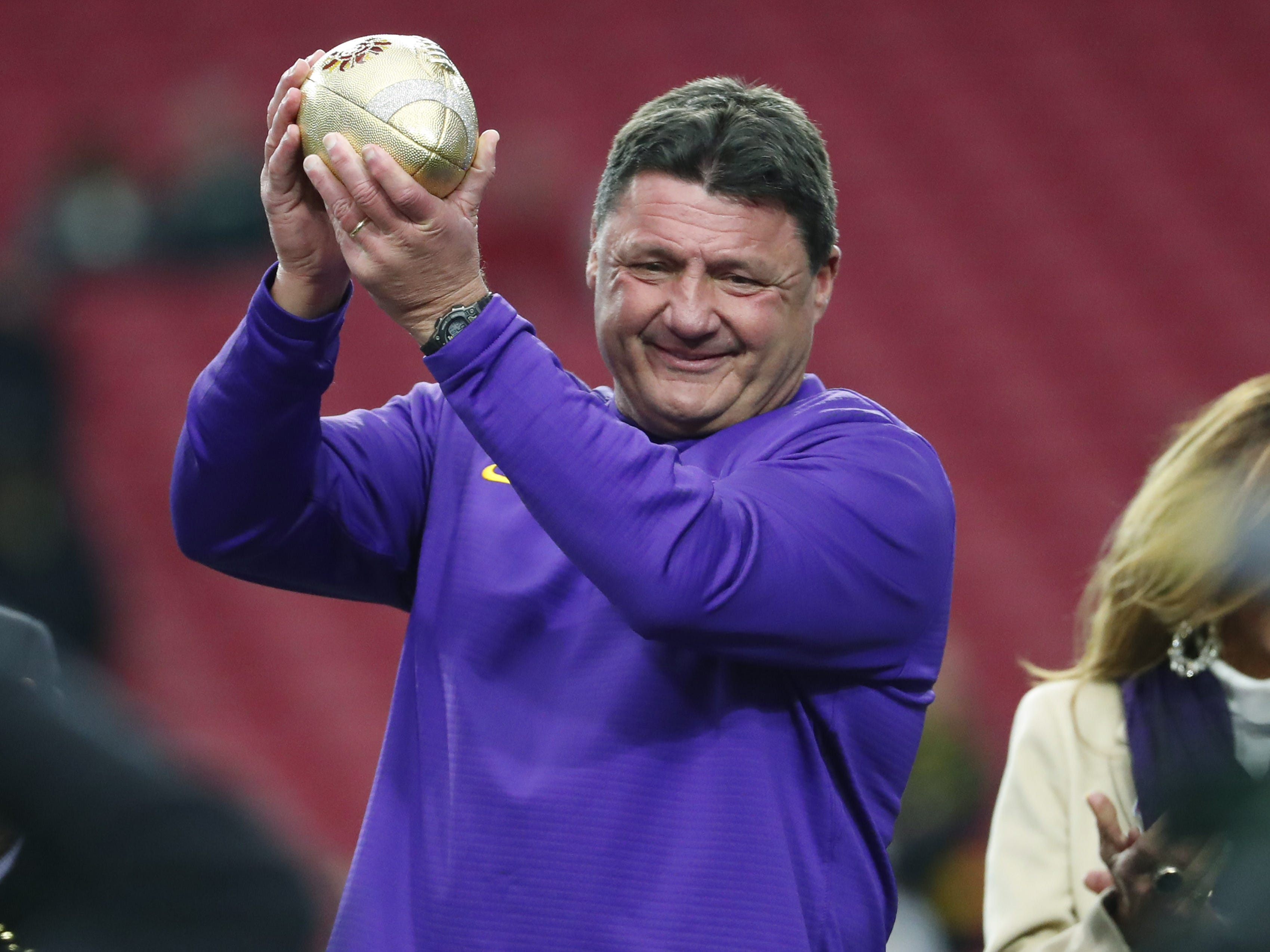 Is LSU's Coach O worth $4M? 'Every penny,' economist says