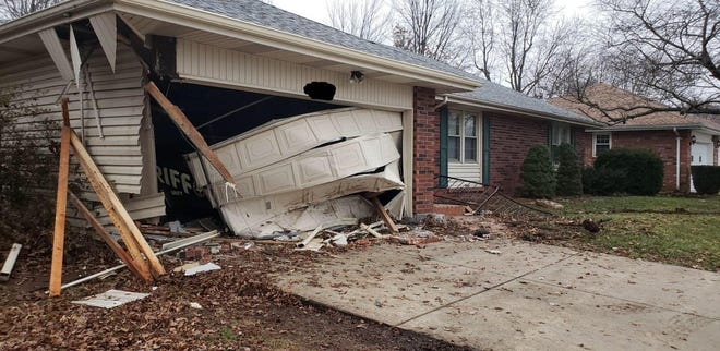 The Greene County Sheriff's Office says a drunk driver crashed into a deputy's home.