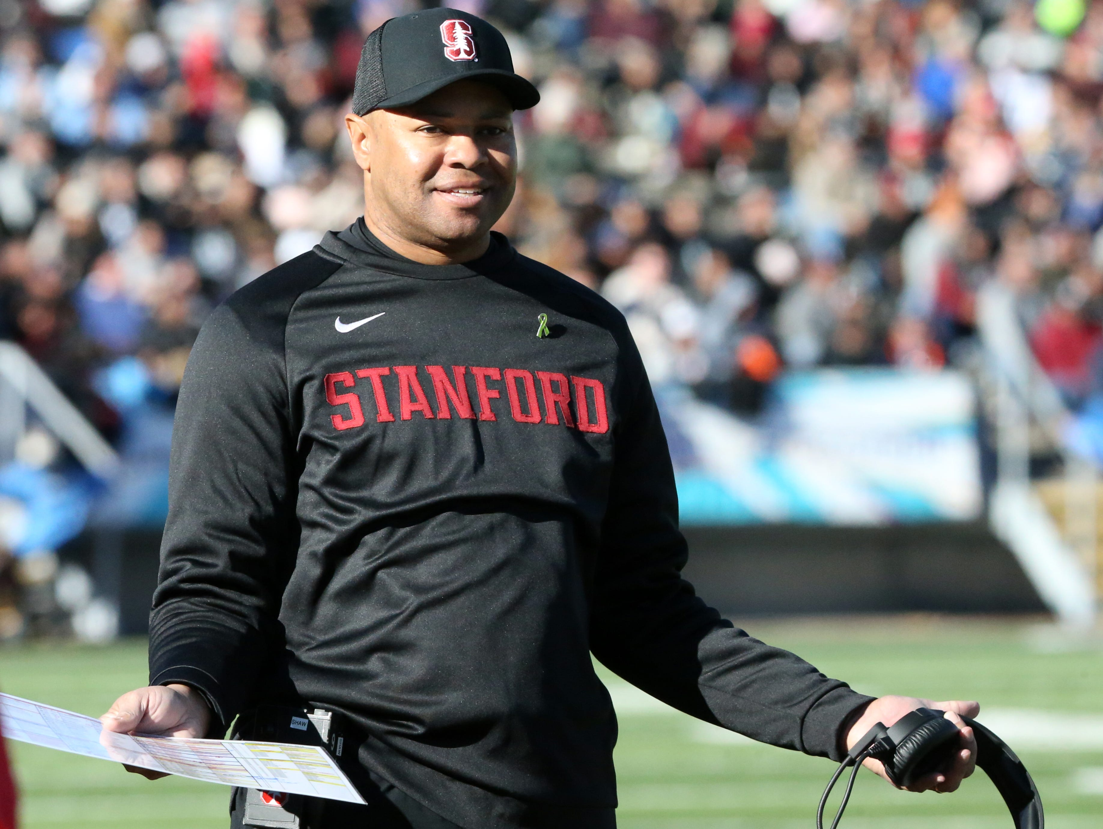 Stanford head coach David Shaw questions a call to a referee Monday.