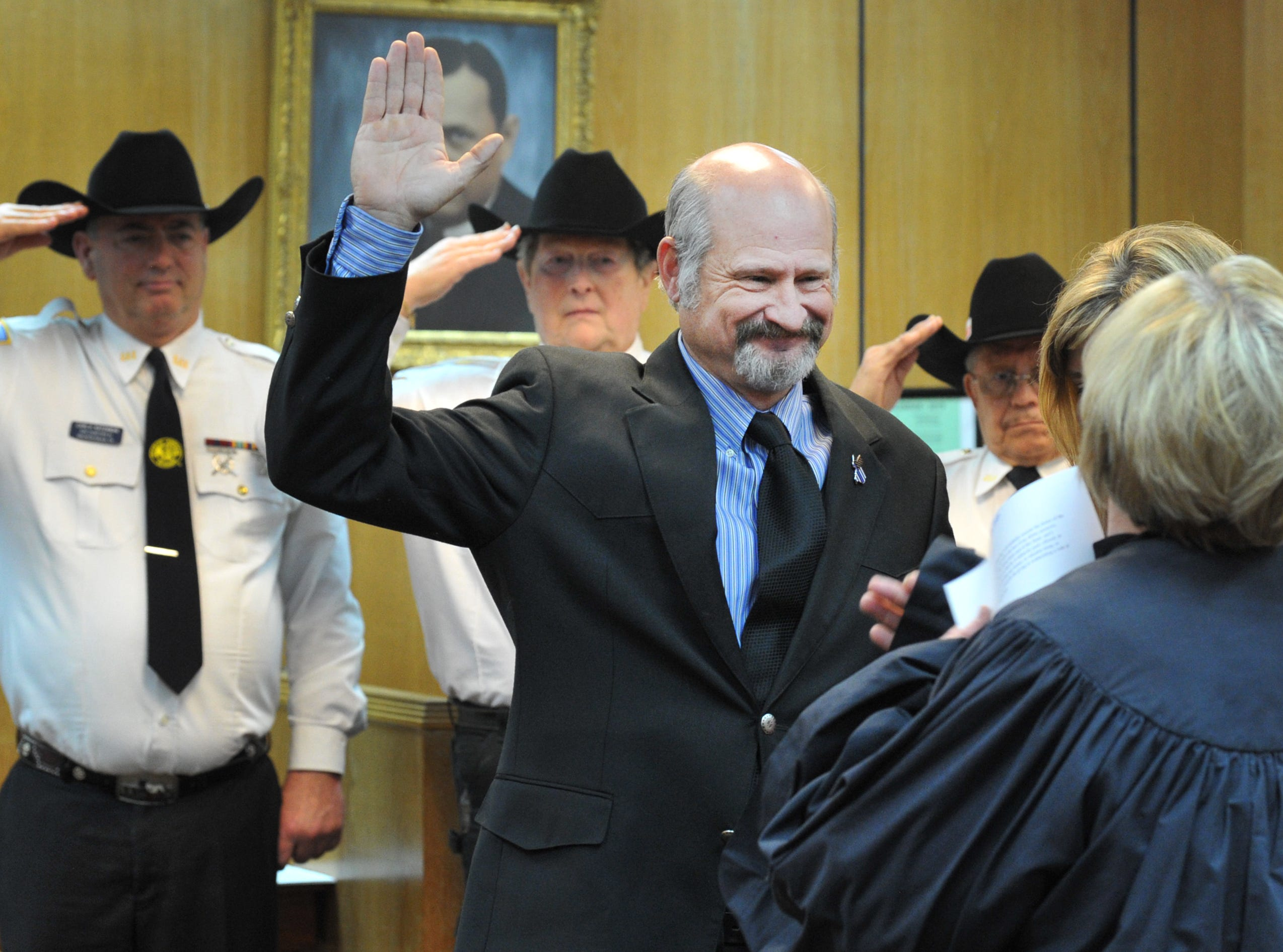 Rodney Burchett was sworn in as Justice of the Peace Precinct 2 during a ceremony held in the 30th district courtroom, Tuesday morning.