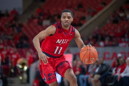 NJIT point guard Shyquan Gibbs drives against Houston.