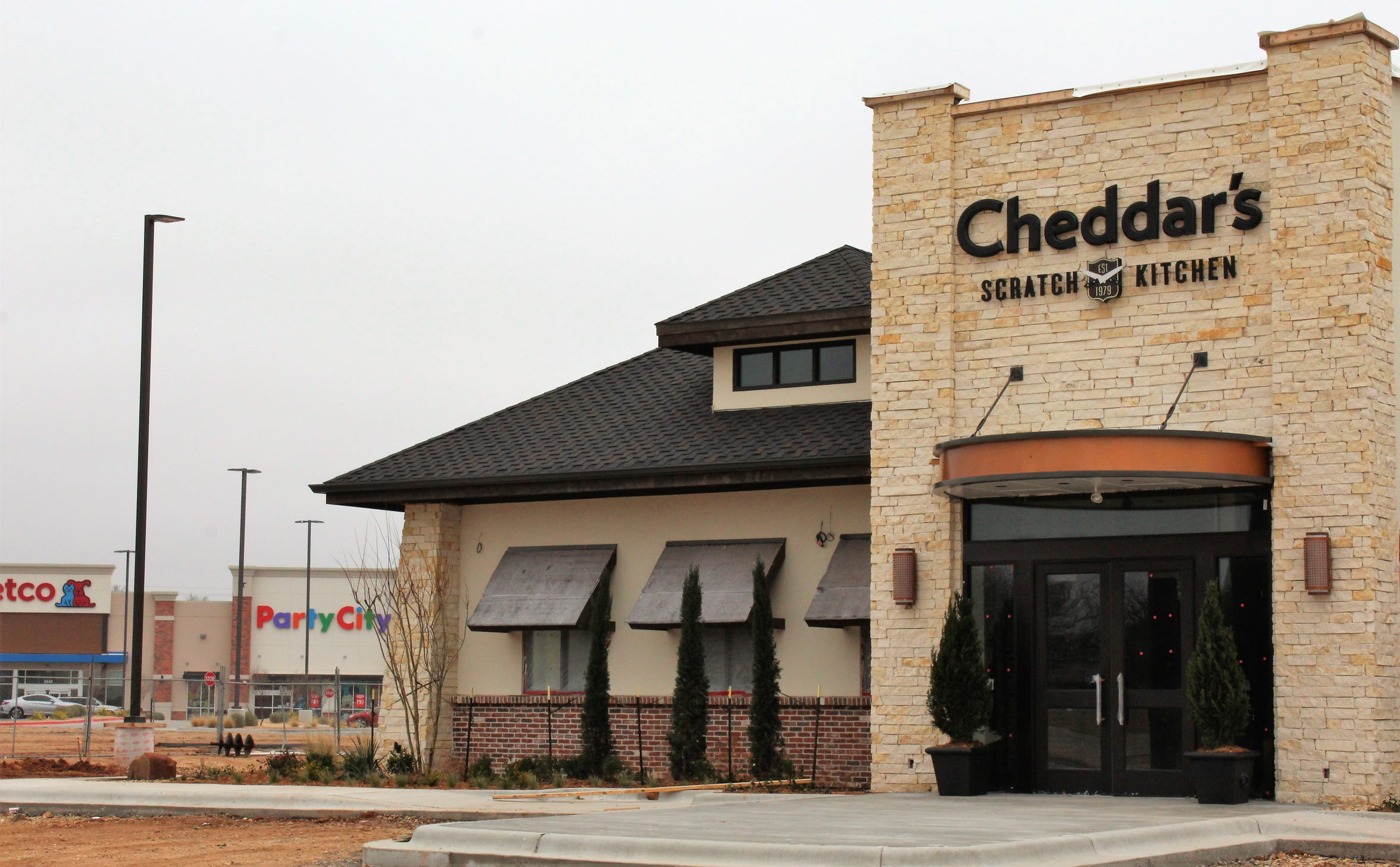 Cheddar's looks close to opening at Shops at Abilene Village. Stores such as Petco and Party City, background, opened in 2018.