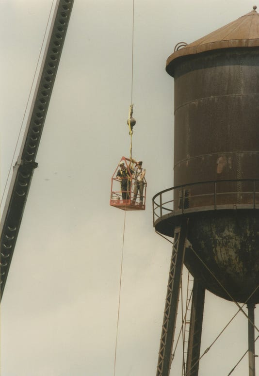 Water Tower Removal Crew436