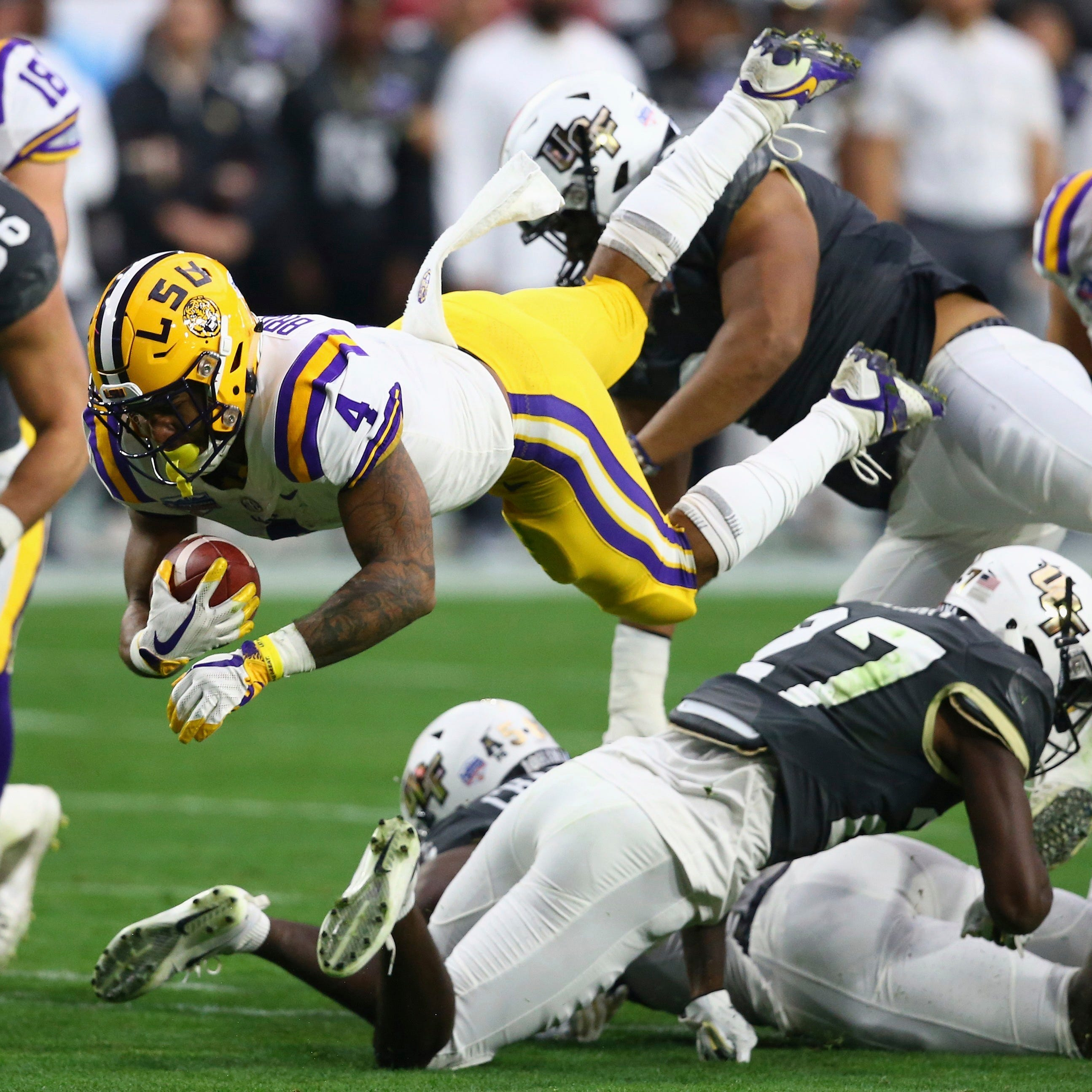 Tuesday's bowls: LSU ends Central Florida's 25-game win streak