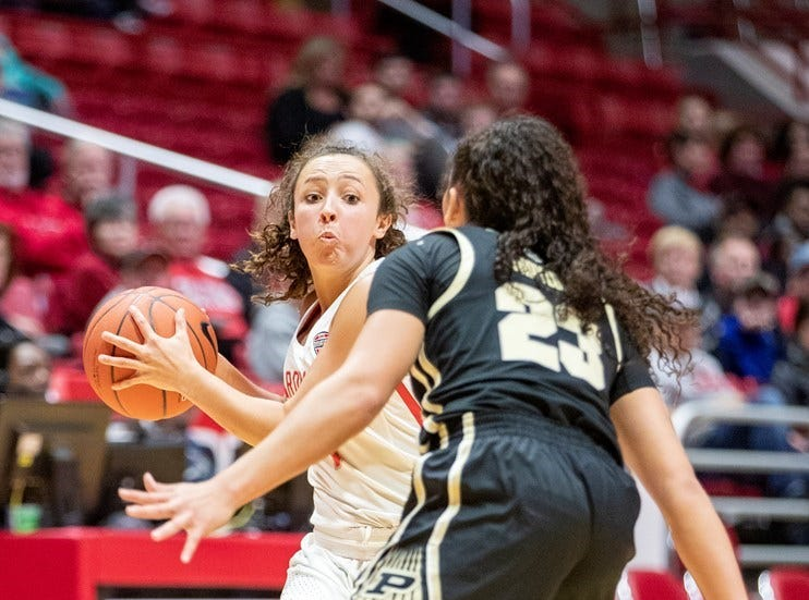 Vincennes Lincoln graduate Abi Haynes is a freshman at Ball State.