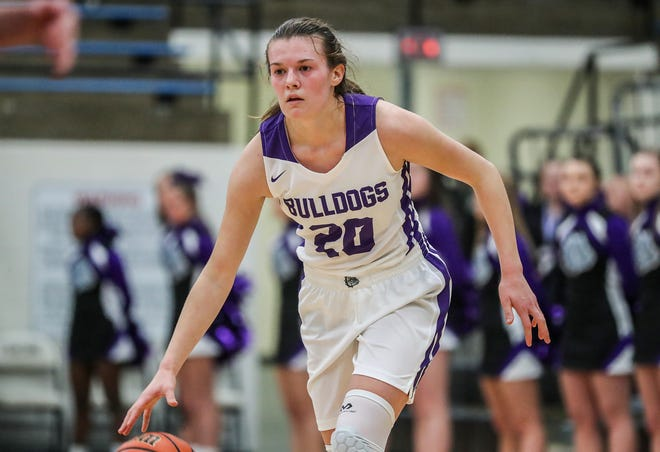 in the second half of the Hendricks County Tournament game at Cascade High School in Clayton, Ind., Jan. 2, 2019. Brownsburg won, 53-37.