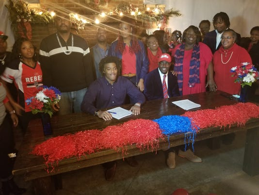 Jordan Jernigan Tay Standifer Ole Miss scholarships signing day