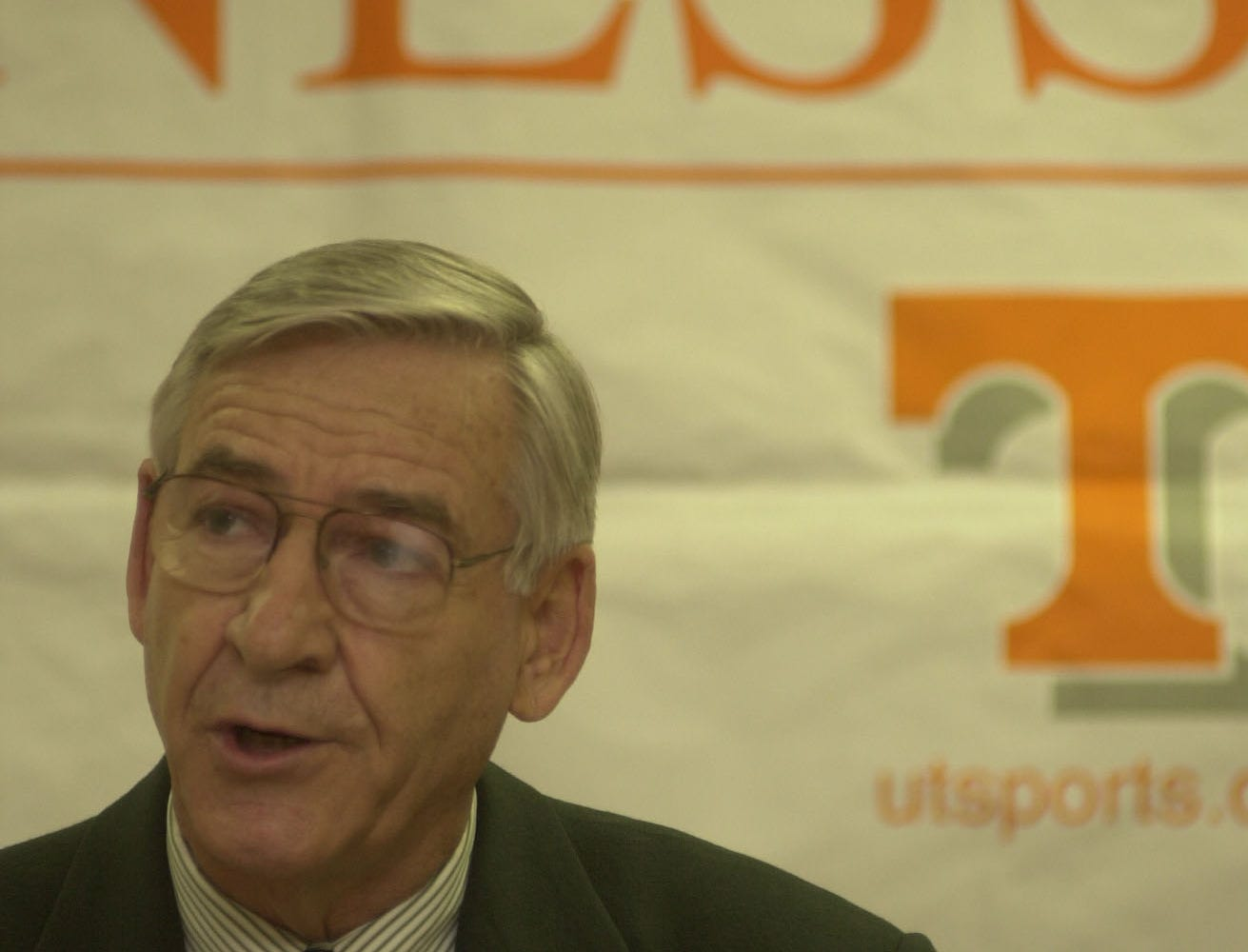 UT Athletic Director Doug Dickey responds to recent media reports of the UT Basketball Program and the incident with Tony Harris charging the basketball court during a February 2 game against Kentucky.