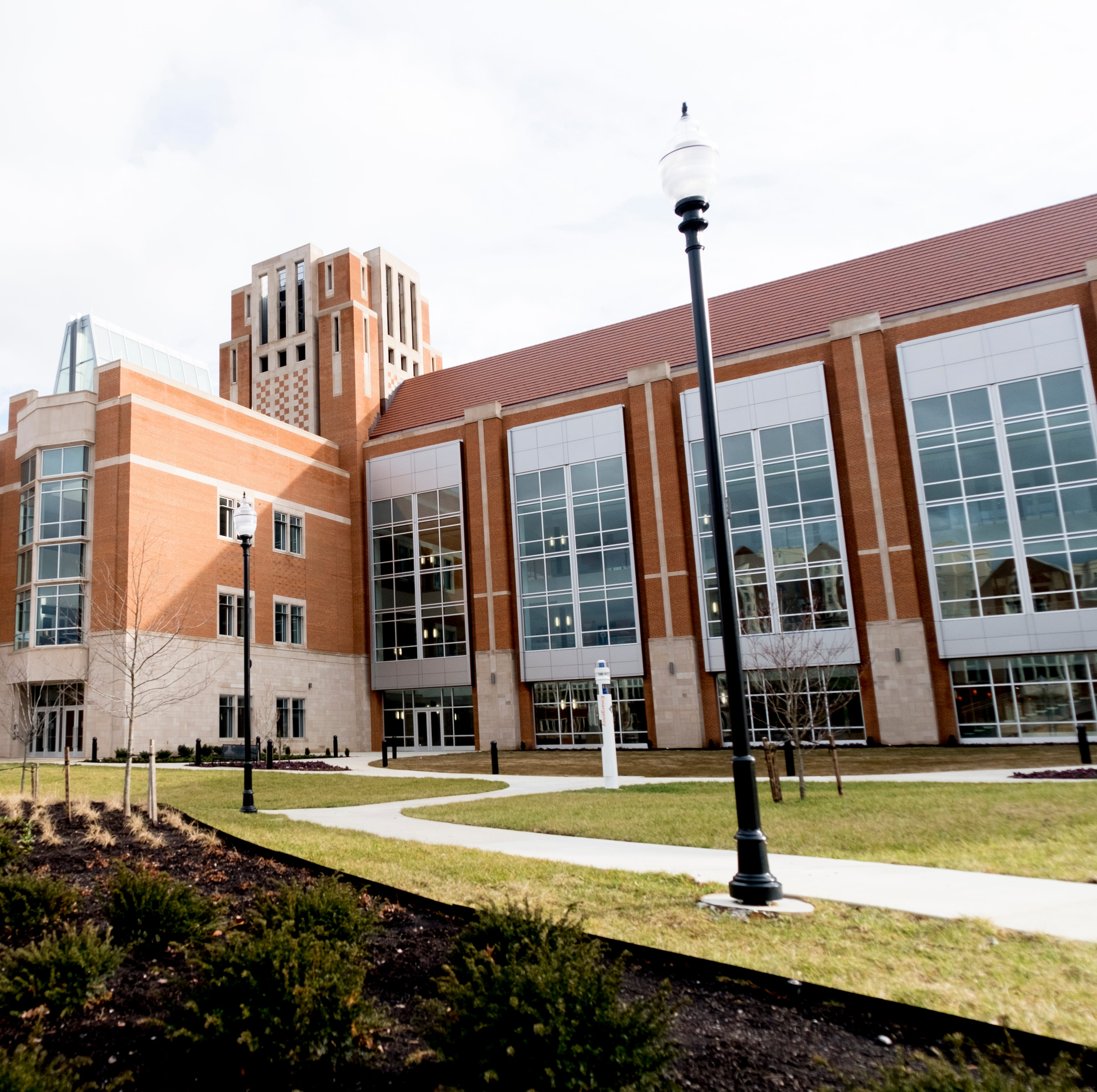 UT's new Student Union opens, with Steak 'n Shake, recreation area and more