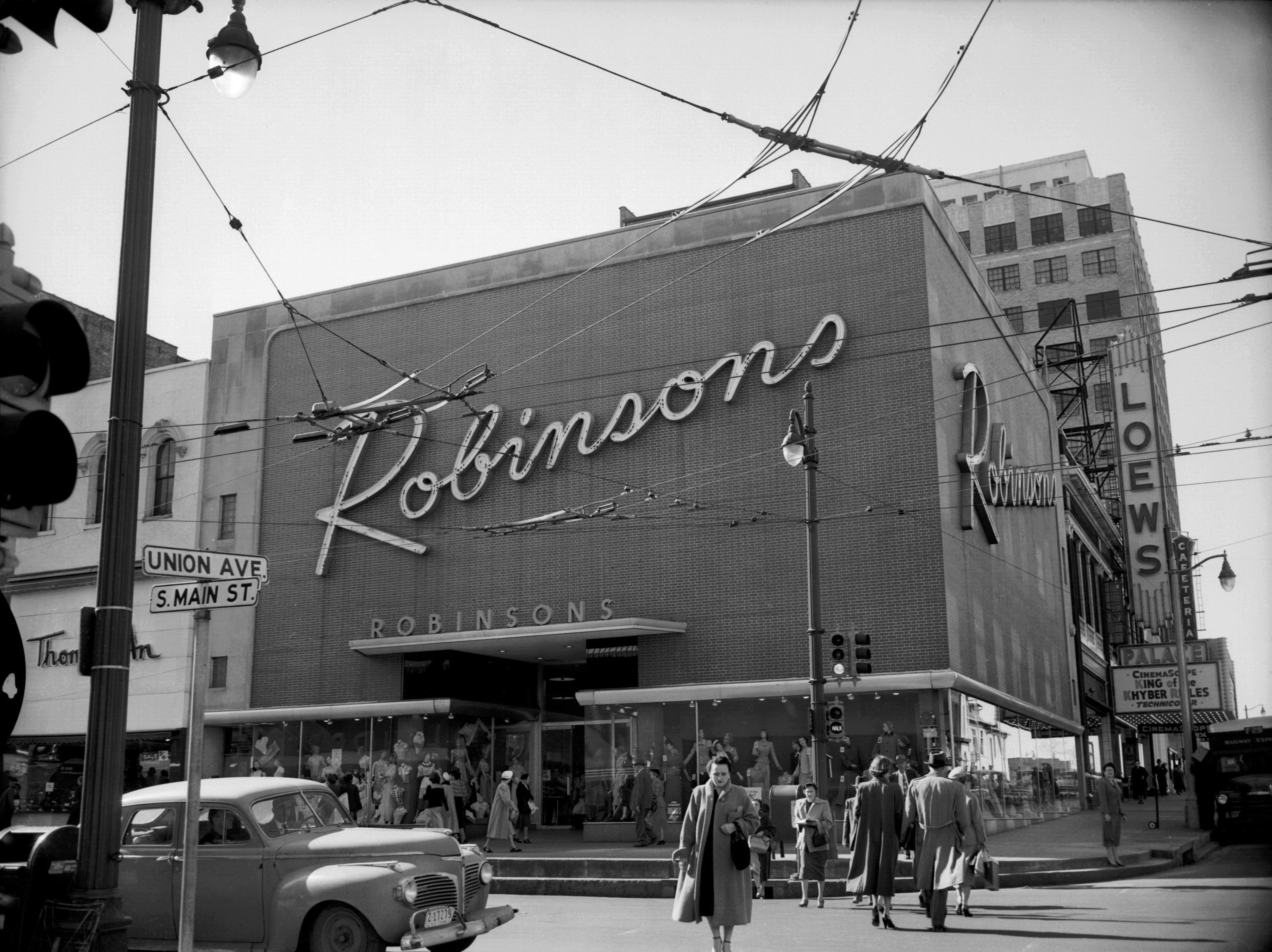 Robinson's, a new Memphis business as seen in February, 1954. The business was housed in an approximately $500,000 building at the southwest corner of Main and Union, part of downtown improvement.