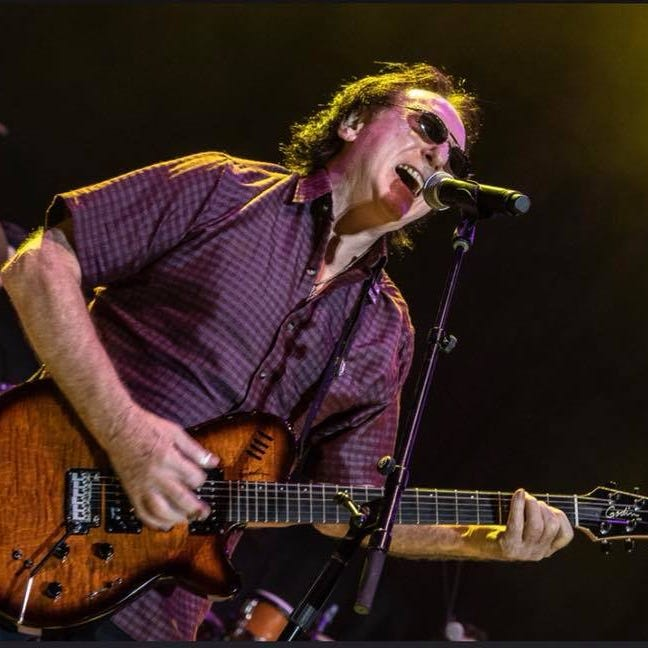Moody Blues co-founder Denny Laine's career takes wing