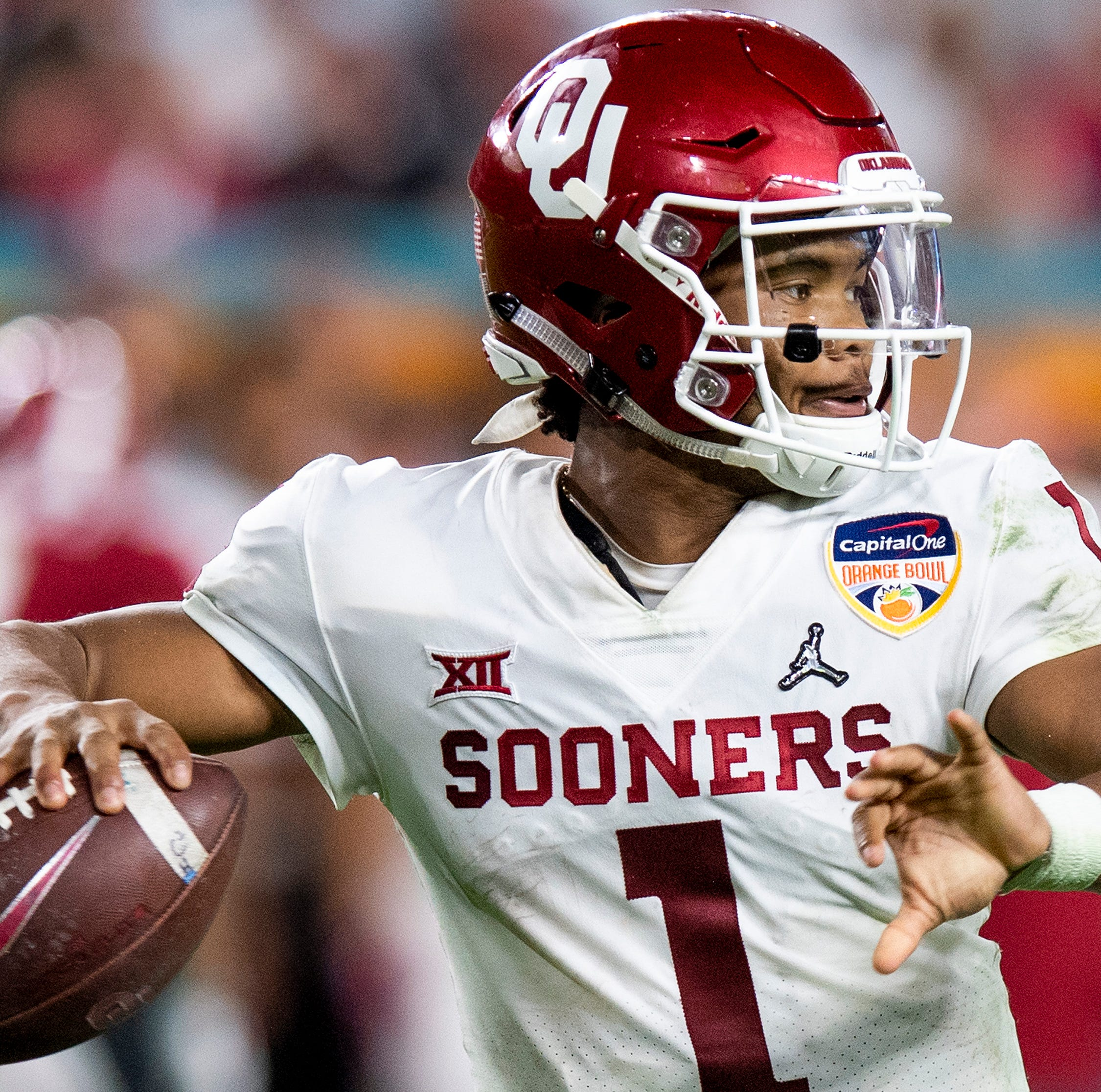 Oklahoma quarterback Kyler Murray (1) passes the ball against Alabama in second half action of the Orange Bowl at Hard Rock Stadium in Miami Gardens, Fla., on Saturday December 29, 2018.