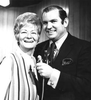 Sandy Gibbons interviews comedian Rusty Warren in the '60s.
