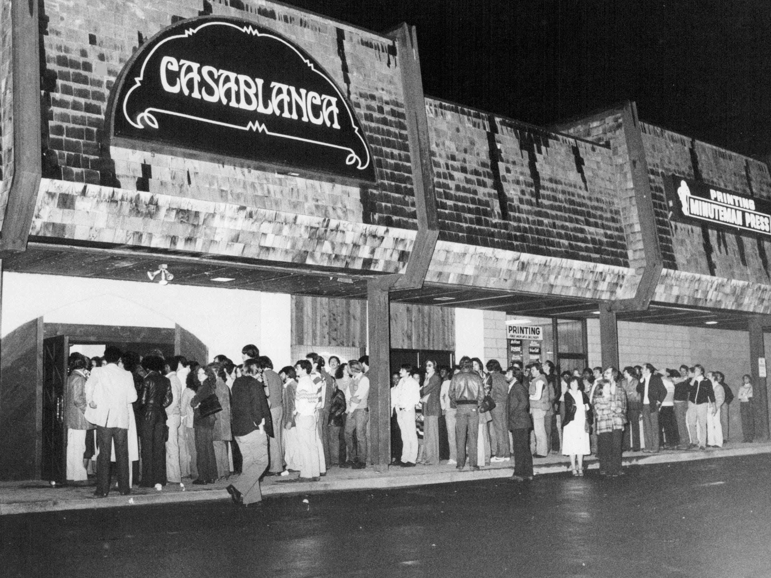In this 1980 photo, hundreds of fans line up outside of the Casablanca in Henrietta to try to see Spyro Gyra.