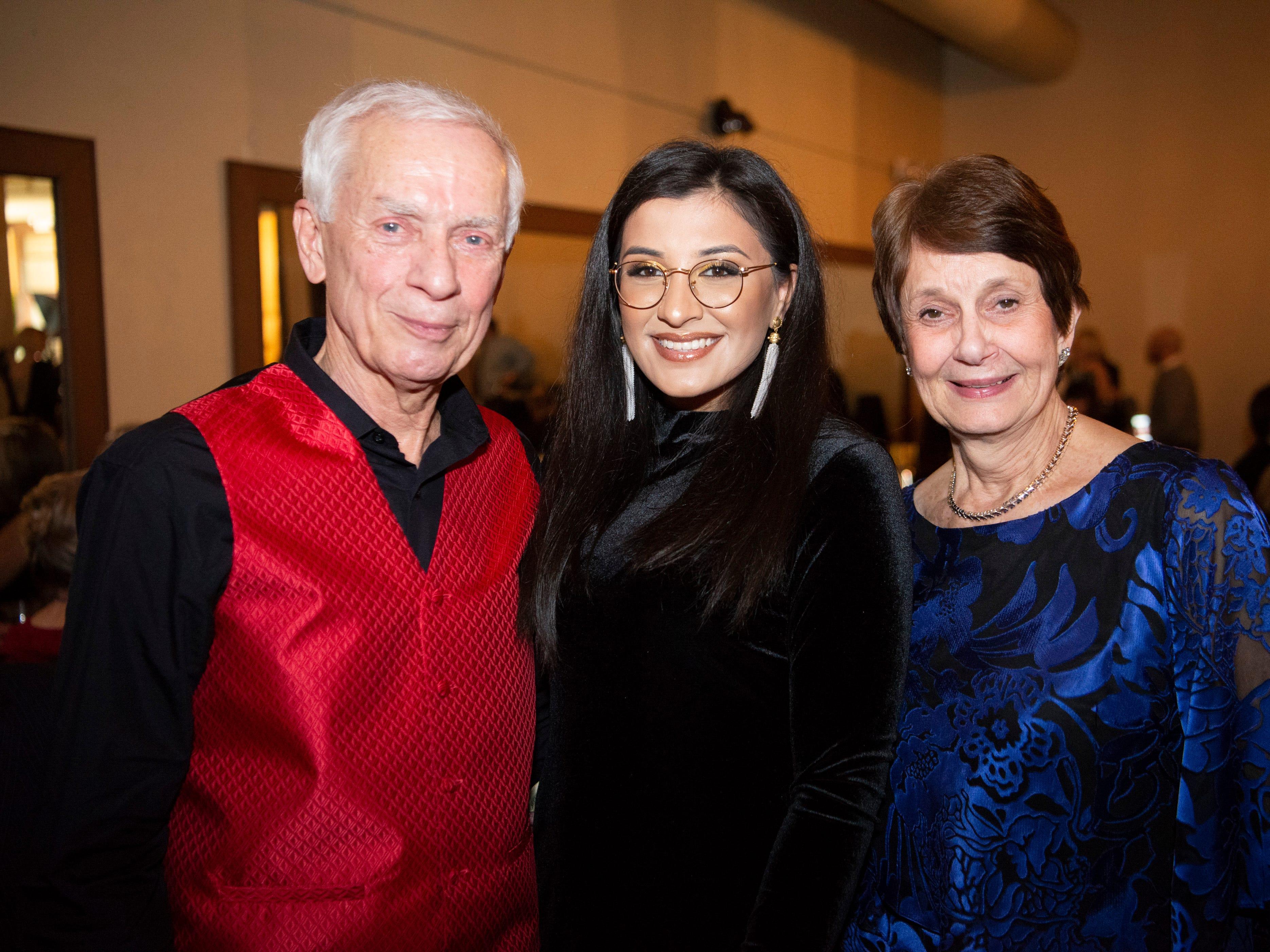 David & Lynn Meinhardt, Maaria Riaz