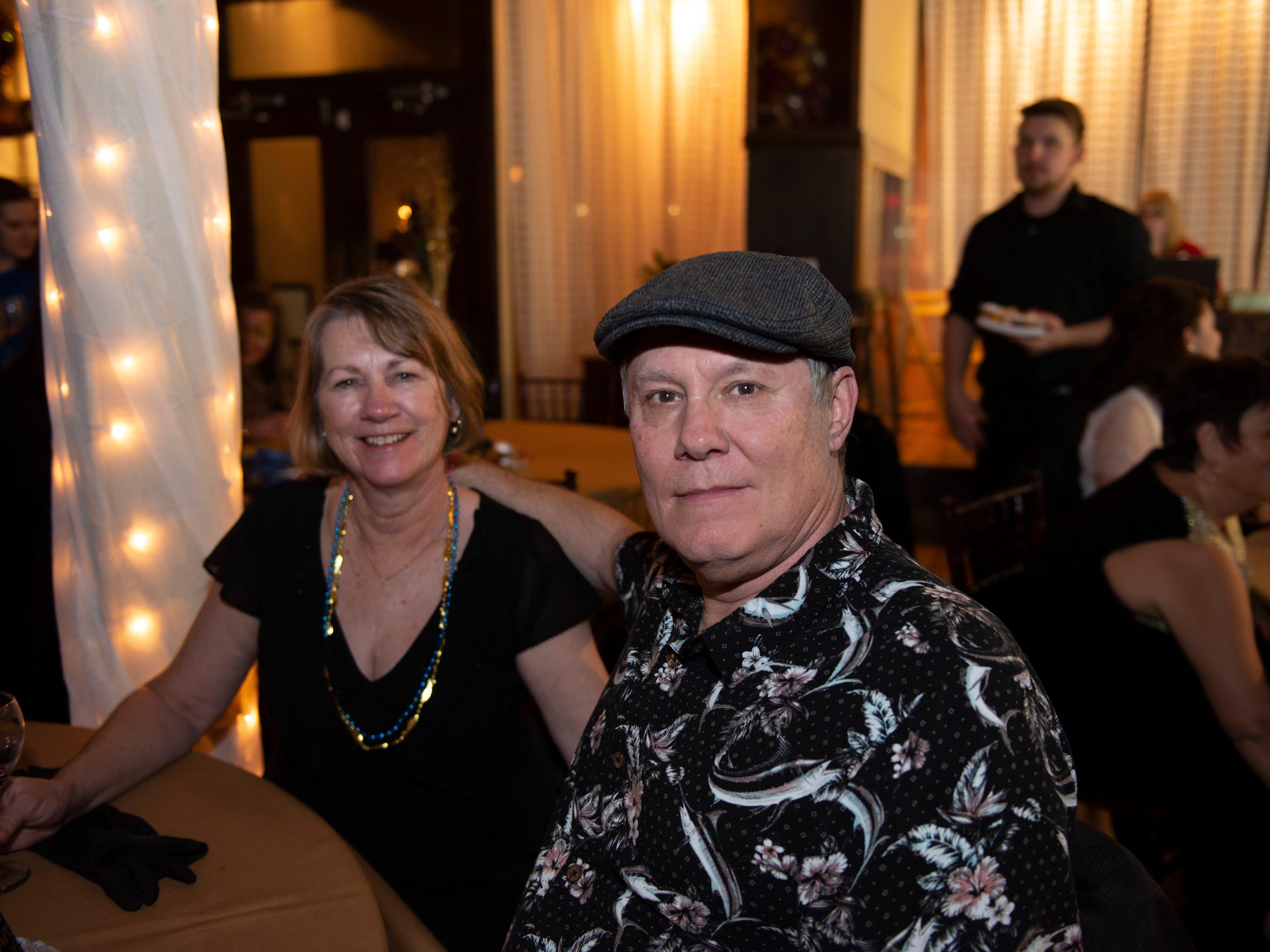Lonnie Ran, Sharon Ray
