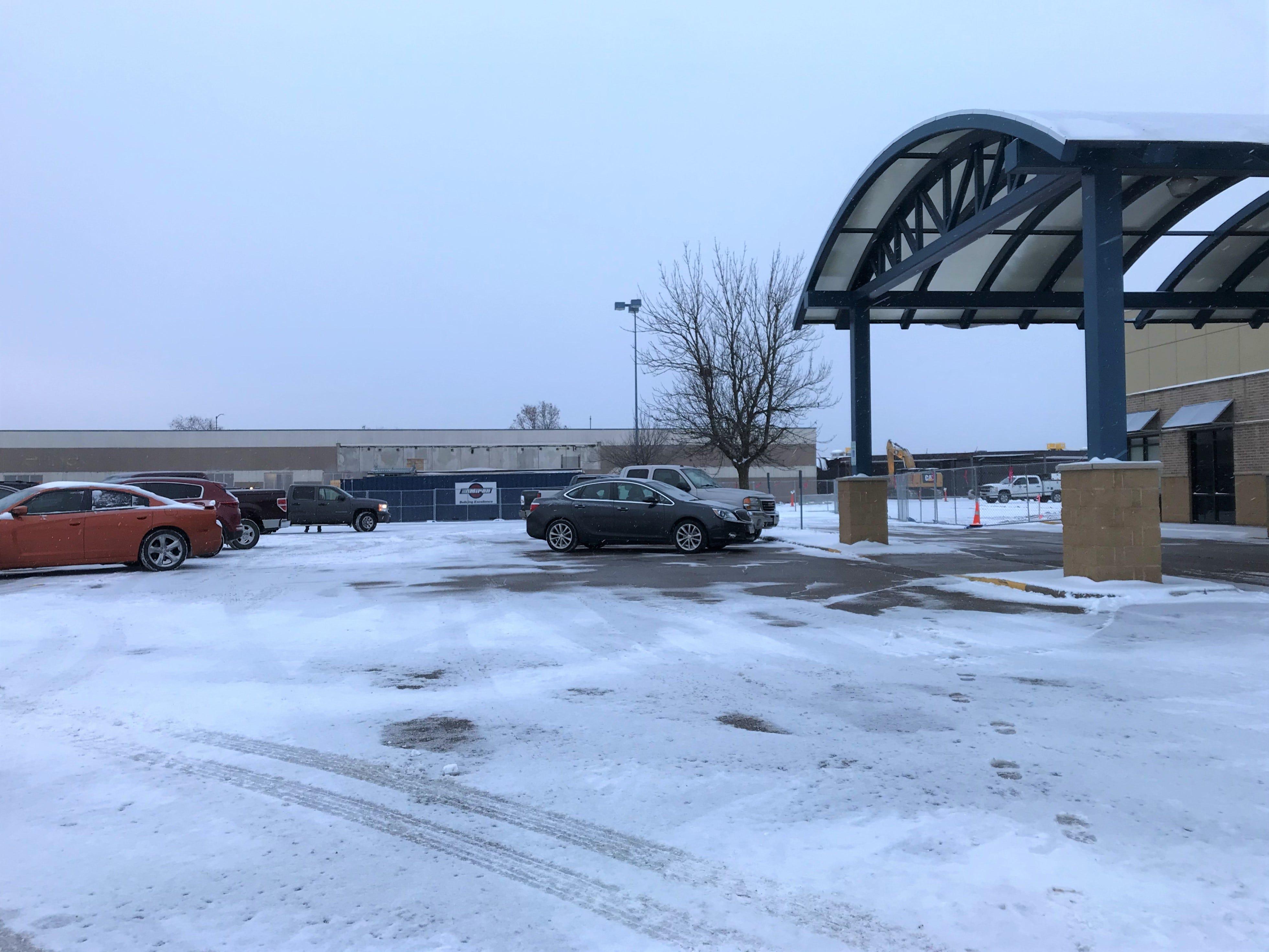 The VA Clinic is still operating near the former Rapids Mall. Photo taken Jan. 2, 2019.