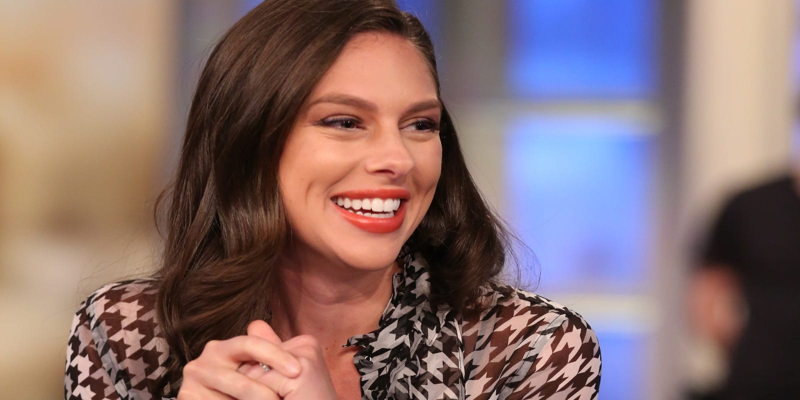 Abby Huntsman Divorce >> View Host Abby Huntsman Shocked To Be Pregnant With Twins