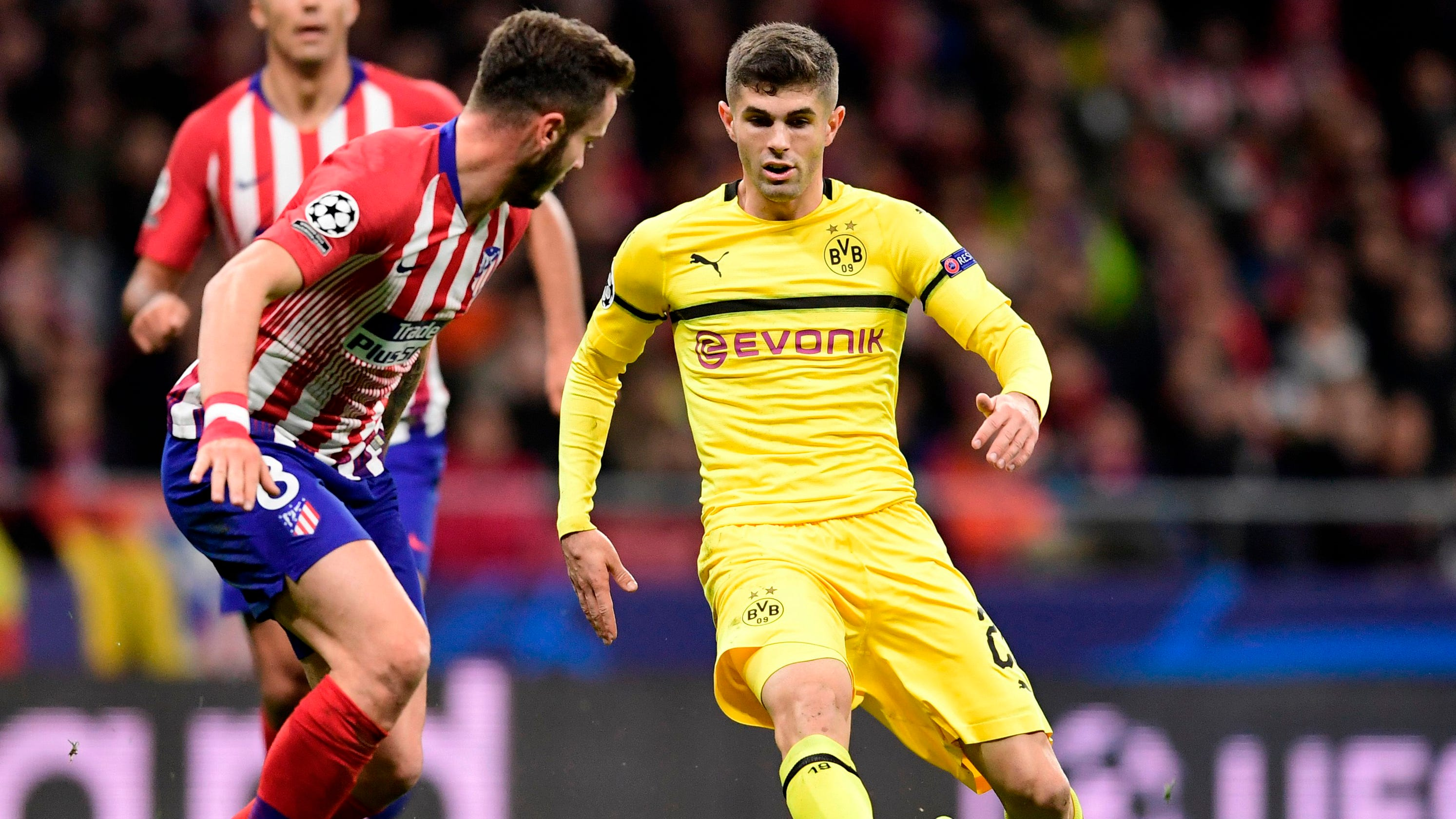 newest 0cc72 4f7df Chelsea signs Christian Pulisic; U.S. star to remain at Dortmund