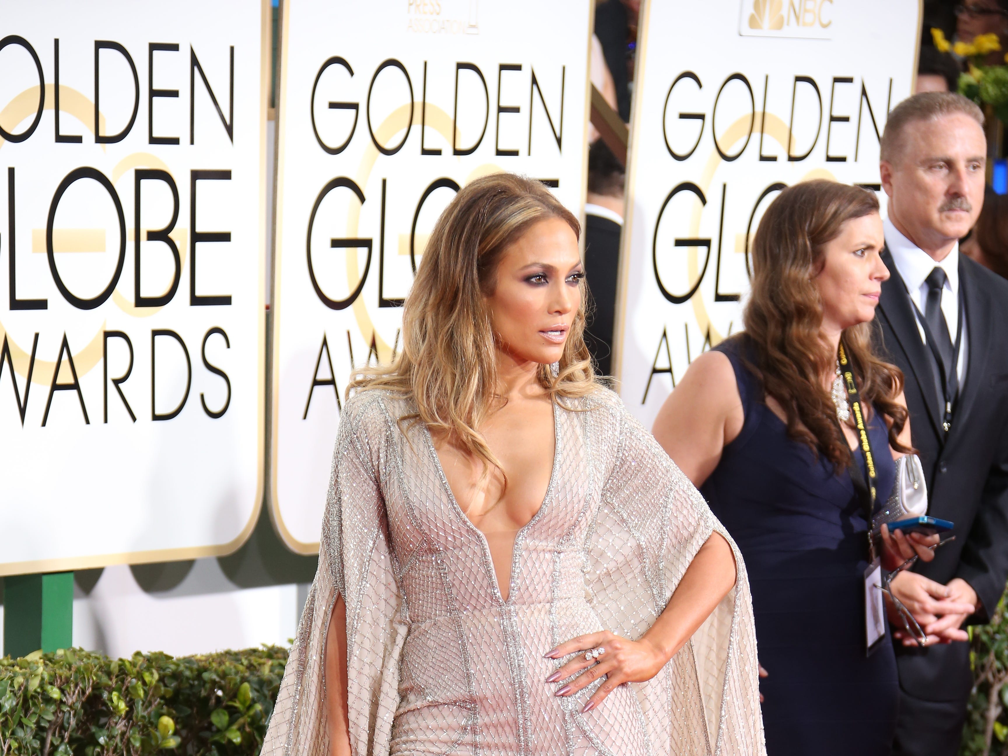 1/11/15 4:27:19 PM -- Los Angeles, CA, U.S.A  -- Jennifer Lopez arrives at the 72nd annual Golden Globe Awards --      Photo by Dan MacMedan, USA TODAY contract photographer  ORG XMIT:  DM 132339 2015 GOLDEN GLOB 1/5/2015 (Via OlyDrop)