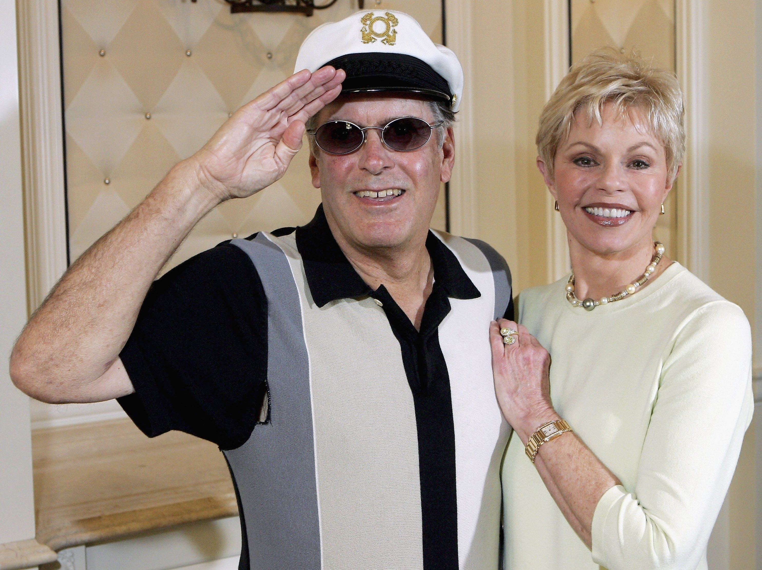 "LAS VEGAS - JULY 27:  ""Captain"" Daryl Dragon and his wife Toni Tennille of the music duo The Captain and Tennille, pose at the Video Software Dealers Association's annual home video convention at the Bellagio July 27, 2005 in Las Vegas, Nevada. They are promoting a Christmas album entitled ""Saving Up Christmas"" and a DVD box set that will each be released October 11, 2005.  (Photo by Ethan Miller/Getty Images) [Via MerlinFTP Drop]"