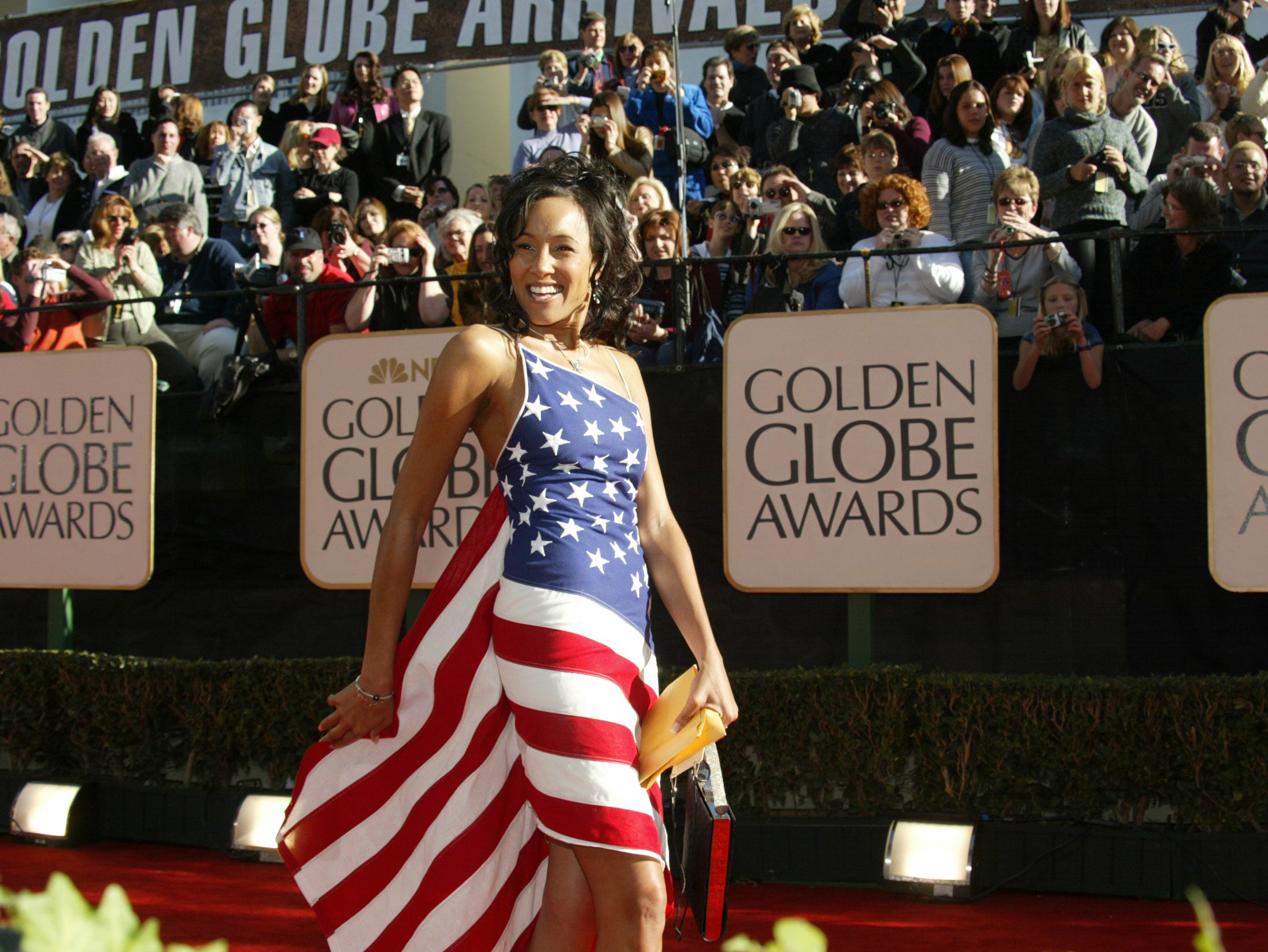 January 20, 2002 - Los Angeles, CA -- Golden Globe Awards --    Cynthia Garret arrives at the 59th annual Golden Globe Awards.