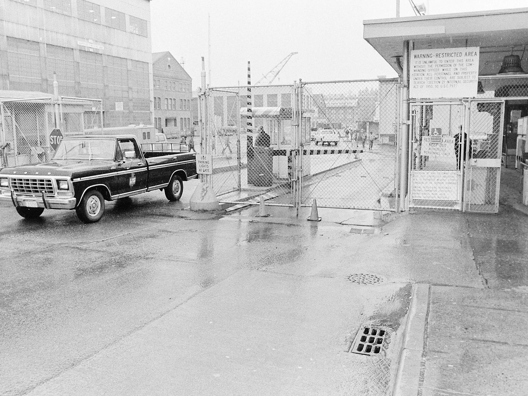 03/14/84New Navy Yard Gate