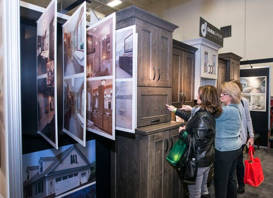 Visitors check out a cabinet exhibitor at the 2018 Philly Home Show. This year's show will be held Jan. 11-13 and 18-20.