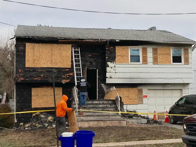 Shonda Smith, 44 of Rahway died in a house fire Wednesday.
