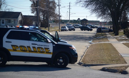 Ankeny police and Polk County sheriff's deputies investigate an apparent shooting on SW Linden Street on Thursday, Jan. 3, 2019, in Ankeny.