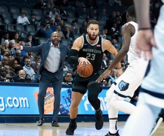 Ap Pistons Grizzlies Basket