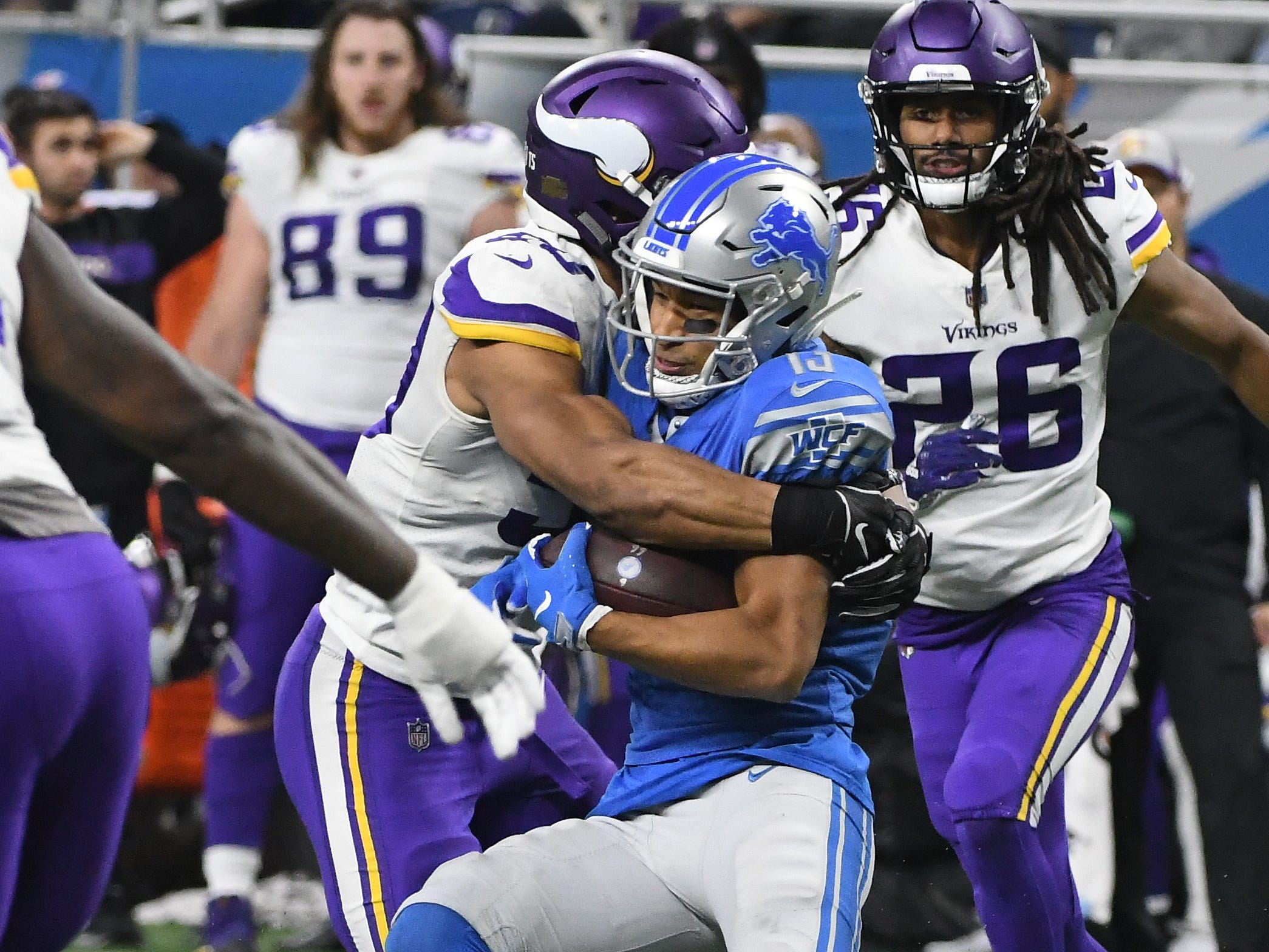 WR TJ Jones: Following the Golden Tate trade, Jones was the biggest beneficiary, seeing his playing time quadruple. But he did little to take advantage of the opportunity until catching a pair of touchdowns in the season finale. Over the full 10-game stretch, he caught 17 passes for 180 yards, while offering modest contributions in the return game. Grade: D+