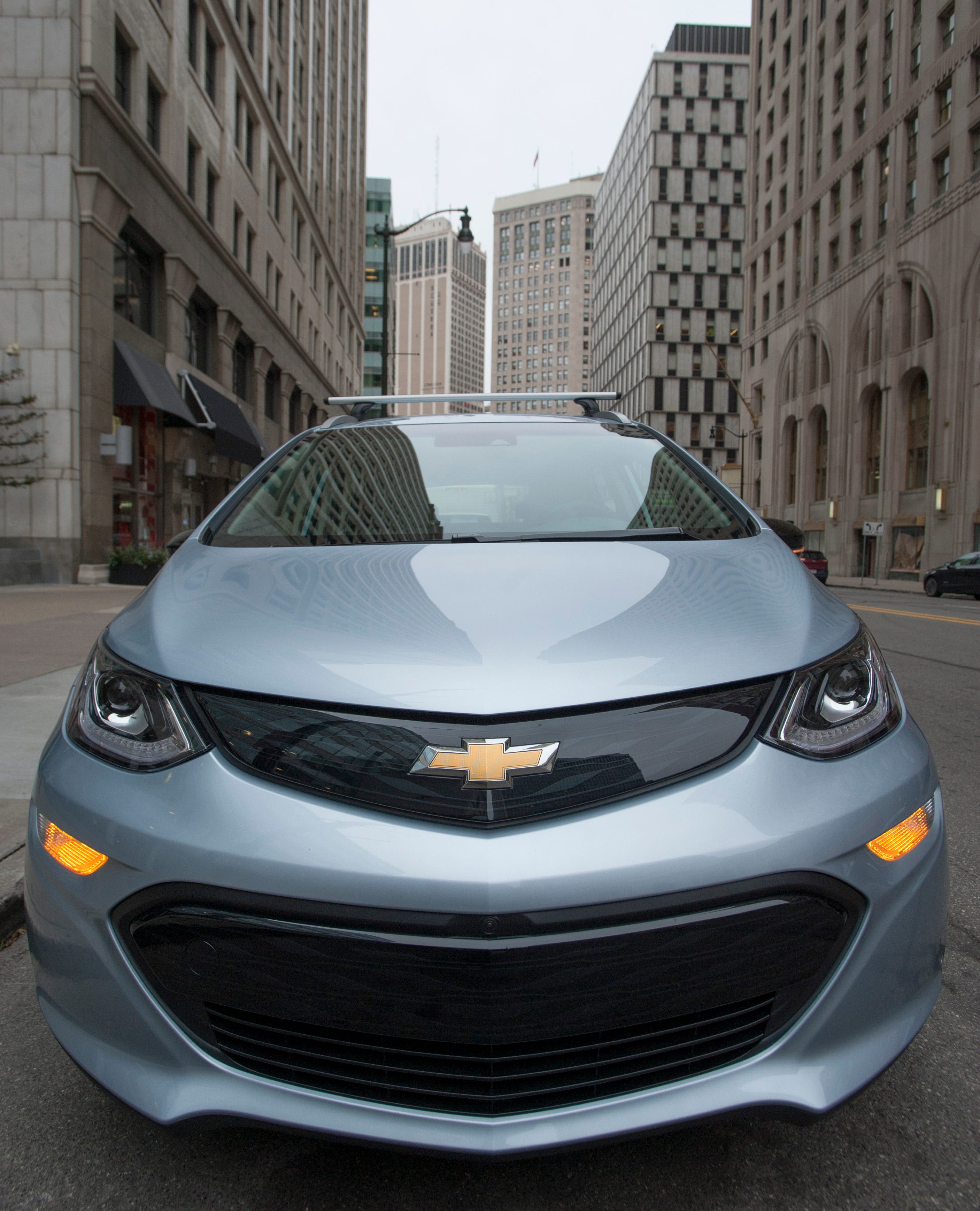 Us Investigates Fire Reports In Chevy Bolt Electric Vehicles