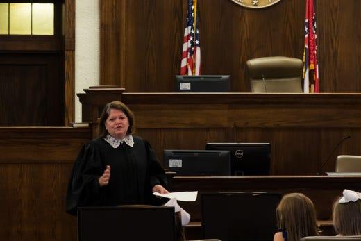New, returning judges in Pine Belt sworn in