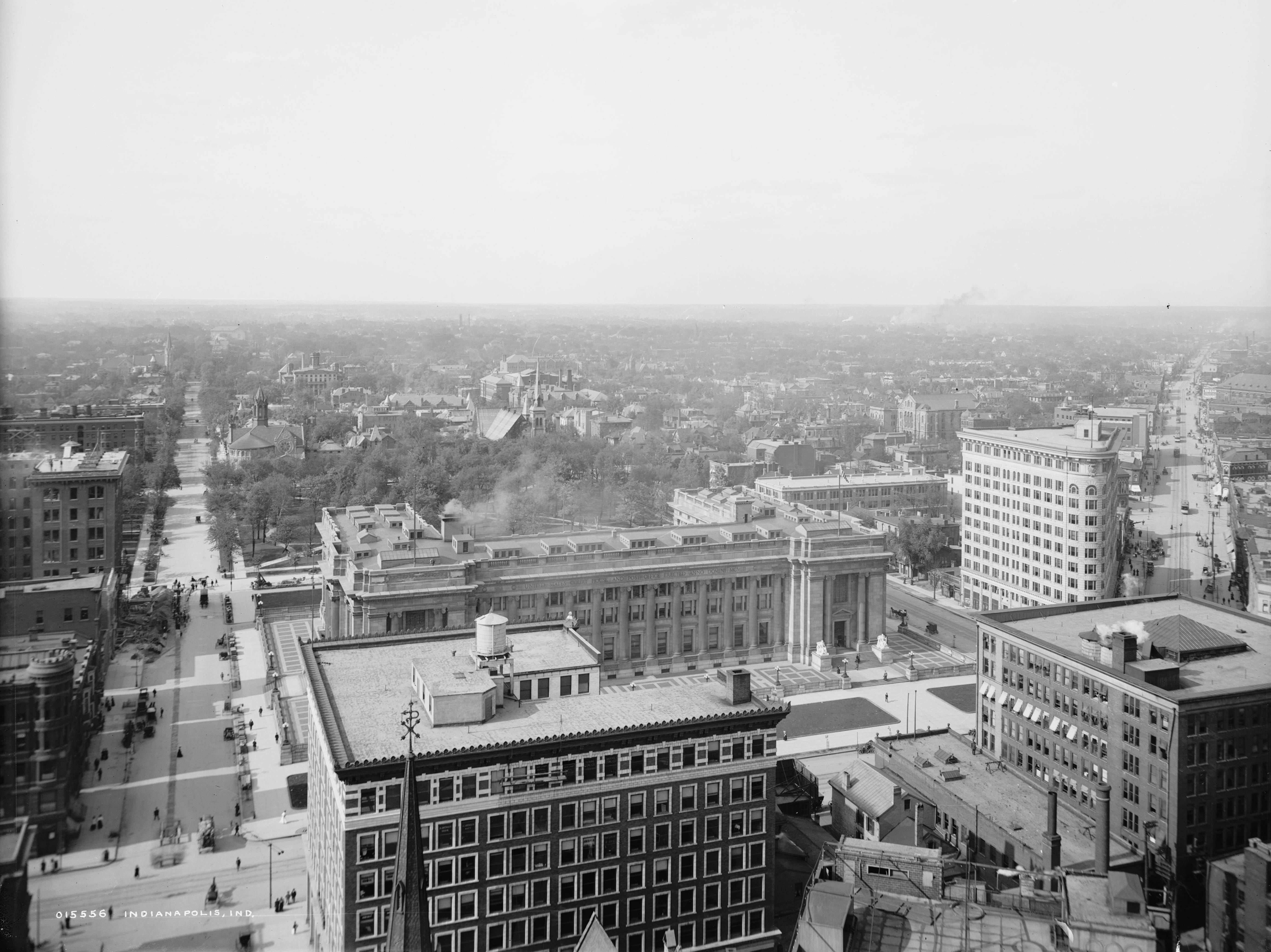 The newly constructed U.S. Post Office and Court House building on E. Ohio Street in the middle of this photo taken circa 1905.