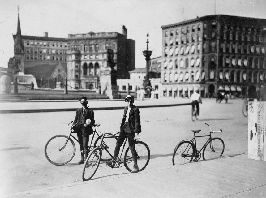 Indianapolis Western Union messenger boys on Monument Circle. August 1908.