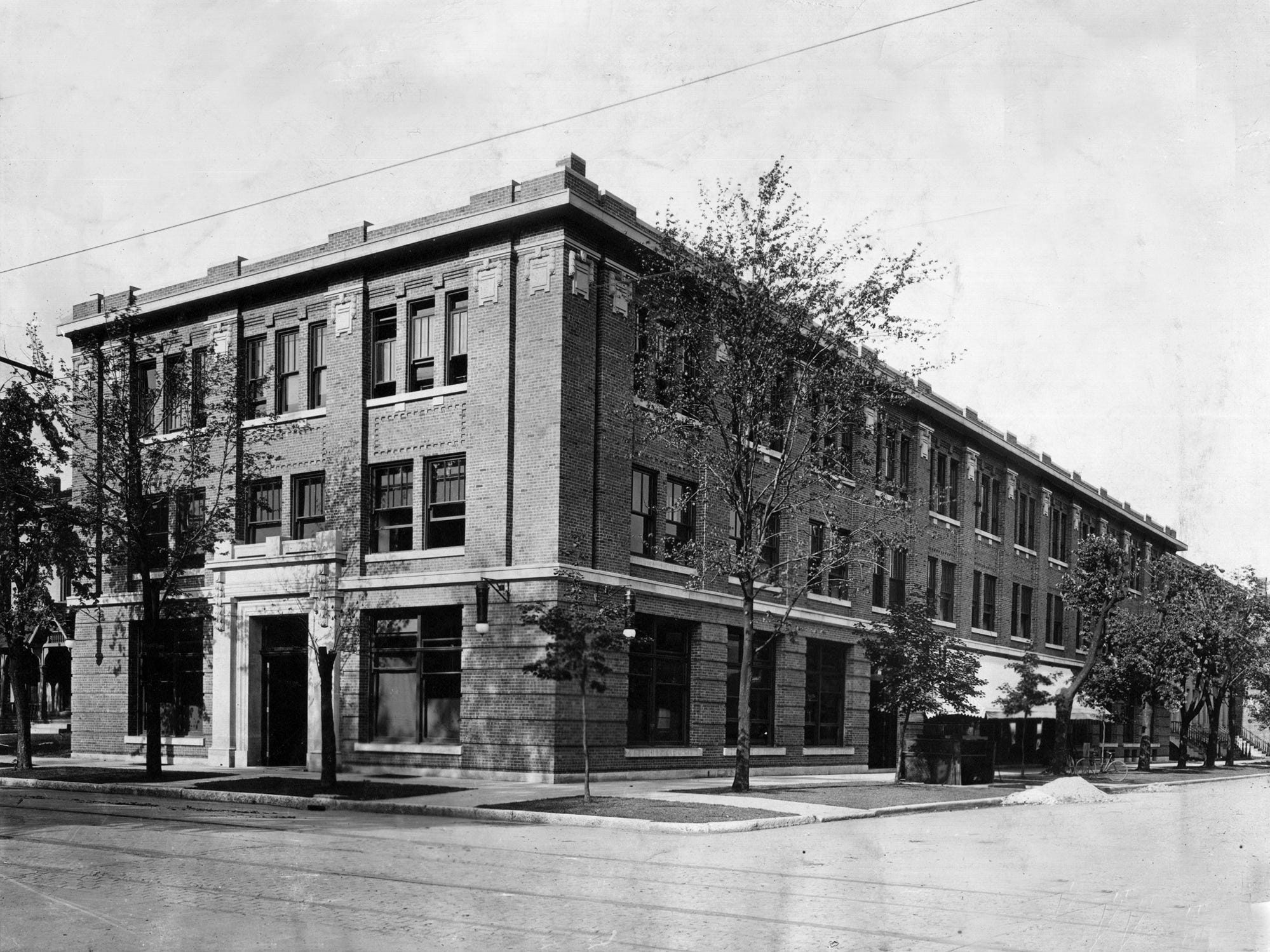 This view of the Star building, 301 North Pennsylvania Street, was taken shortly after it was built in 1907.