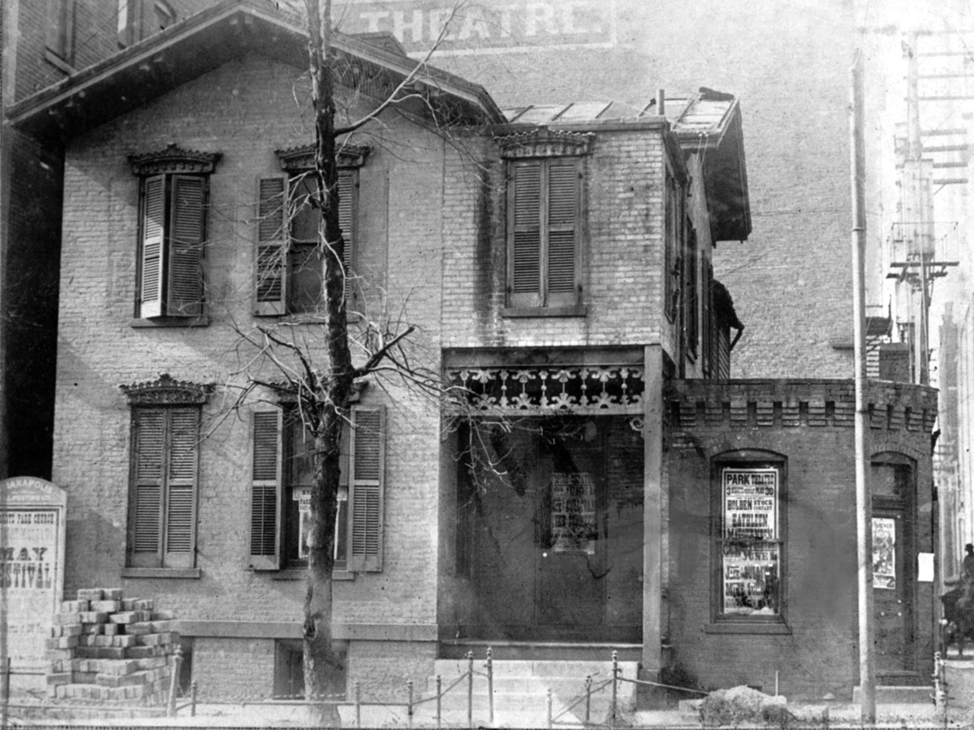 The Victorian brick house at 119-121 E. Ohio Street that was The Indianapolis StarÕs birthplace in 1903. Six months after it started, The Star had 70,836 subscribers.