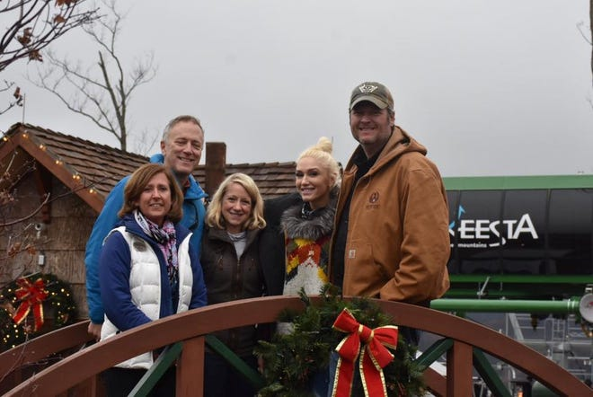 Blake Shelton and Gwen Stefani visited Anakeesta in Gatlinburg on Wednesday. From left are Karen and Bob Bentz, managing partners at Anakeesta; Michele Canney, vice president of marketing at Anakeesta; Stefani; and Shelton.