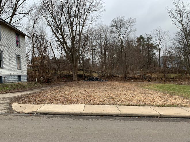A structure was demolished in Mansfield at 177 Benton Street, but before city council approved the demolition legislation January 2, 2019.