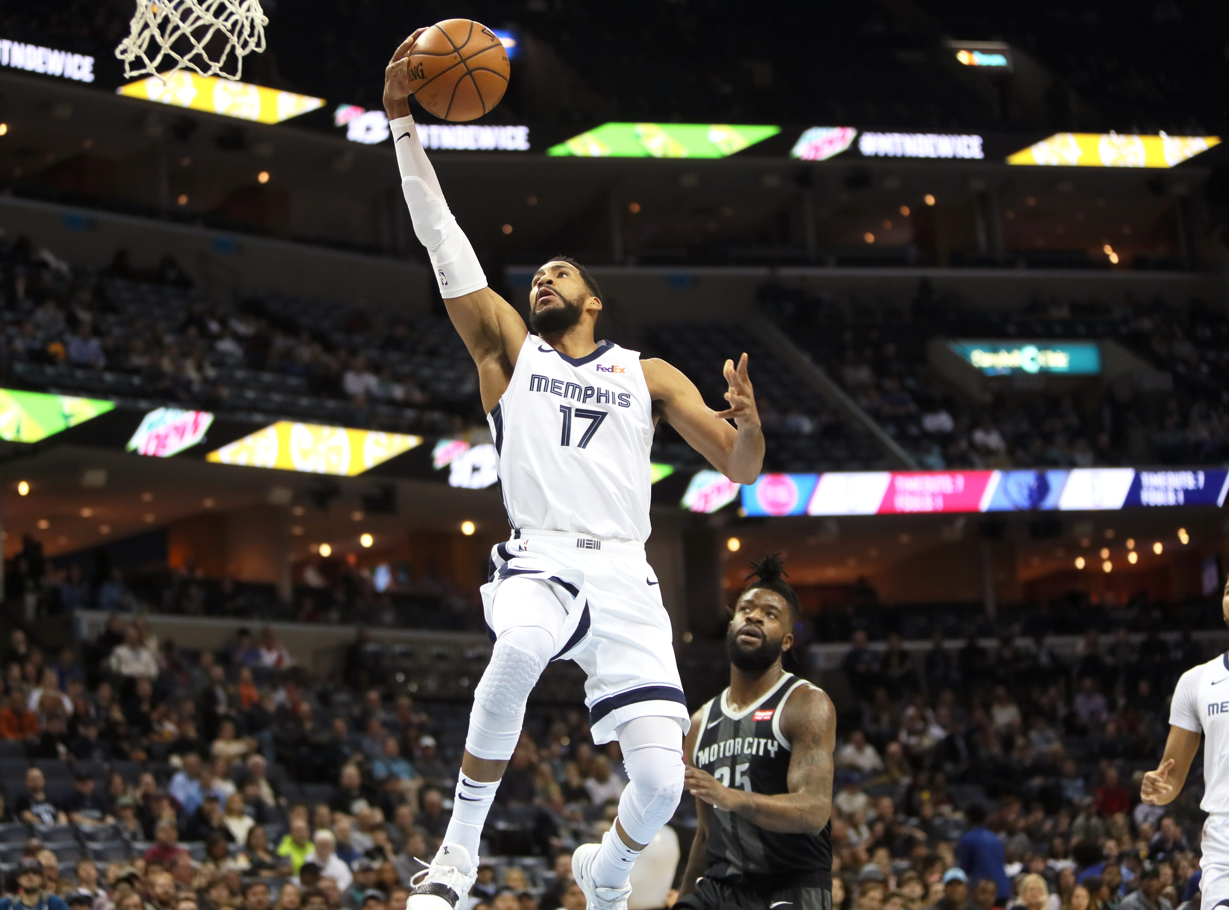 Memphis Grizzlies guard Garrett Temple lays the ball up on a fast break against the Detroit Pistons during their game at the FedExForum on Wednesday, January 2, 2019.