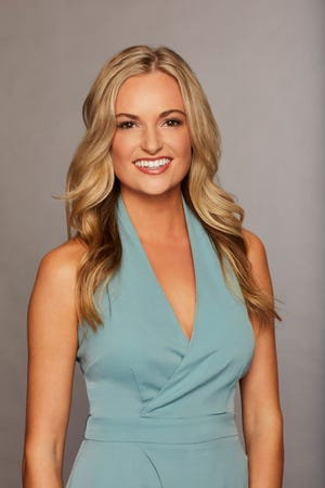 "Annie Reardon's official bio for ""The Bachelor"" says she's from New York City, but the contestant grew up in Mequon. The new season of the ABC reality show starts at 7 p.m. Monday, Jan. 7, airing locally on WISN-TV (Channel 12)."