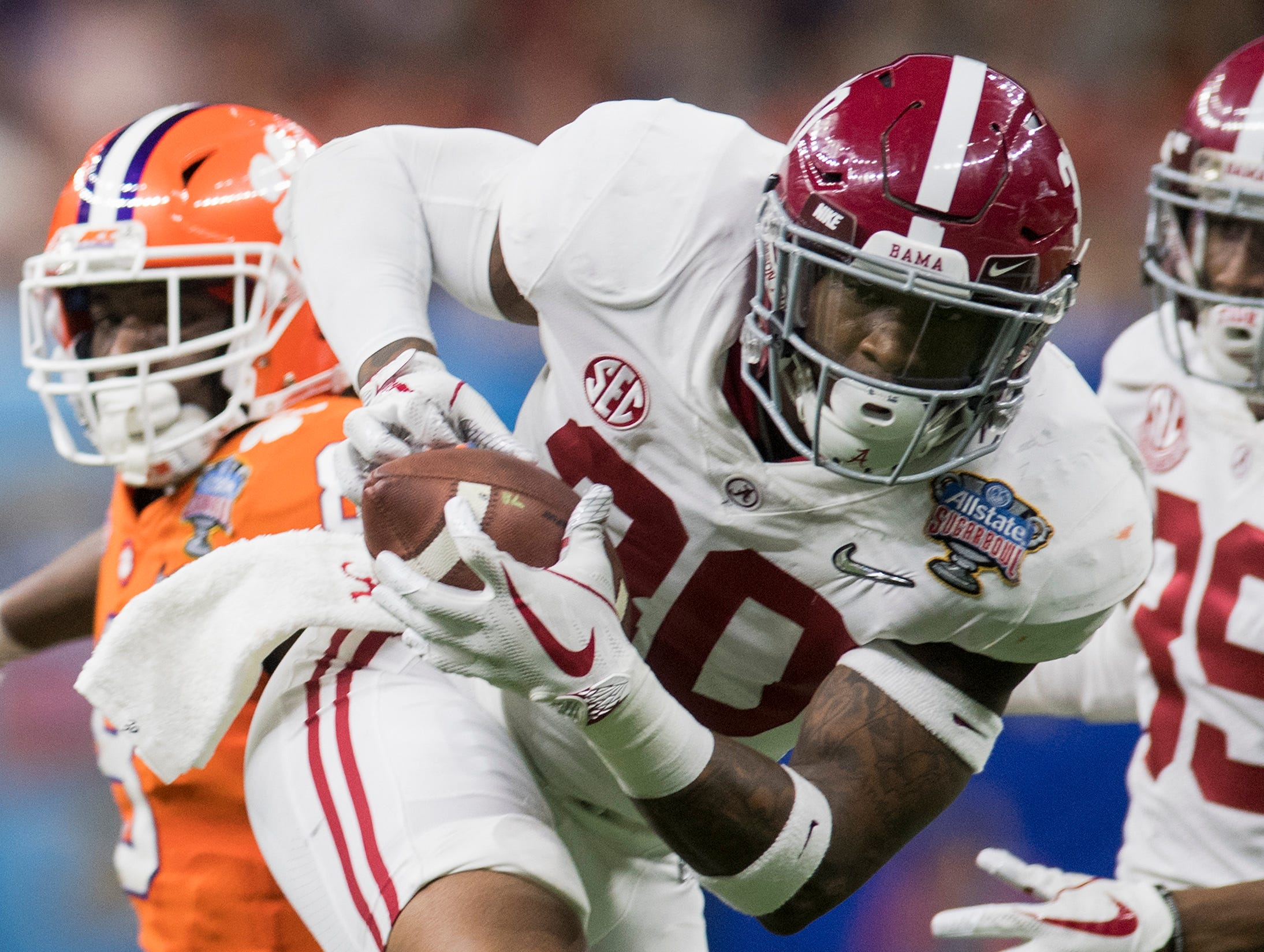 Alabama linebacker Mack Wilson (30) intercepts a pass from Clemson and returnd it for a touchdown in the Sugar Bowl at the Superdome in New Orleans, La. on Monday January 1, 2018.