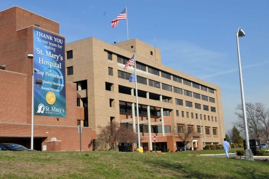 St Mary S Hospital In Passaic Nj Tightens Rules As Flu Numbers Spike