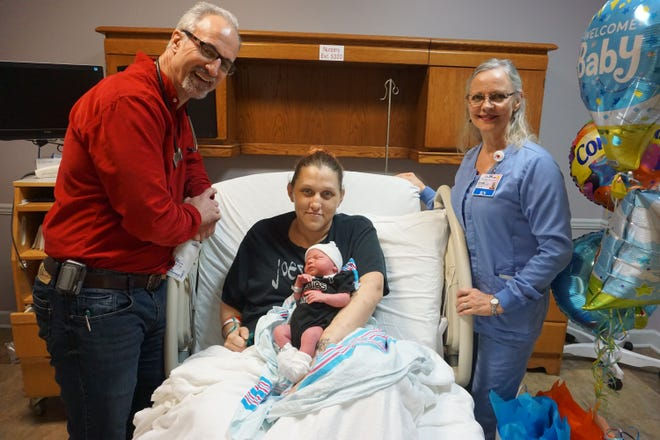 Opelousas General Health System welcomed the first baby of 2019 and presented his mother with a gift. Dominic McBride was born on January 1, at 9:32 a.m. weighing in at 7lbs., 3 oz. His parents, Delonda and Derrick McBride and his four older brothers, Draven, Wyatt, Kyler and Charlie, welcomed him.  The family is from Opelousas.  Dr. Thomas Jarnagin delivered Dominic and his pediatrician is Dr. Carmen Johnson. Pictured with mom and baby are Dr. Thomas Jarnagin, OB/GYN and Vickie Couvillion, Interim Clinical Director of Women Services.