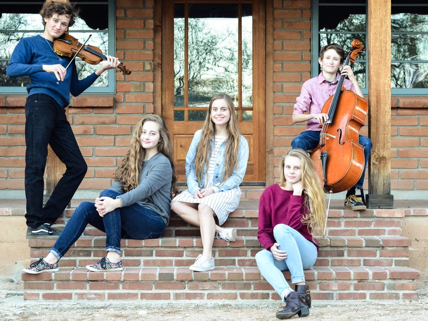 Copper Wren (left to right): Will MacDonald,17; Alivea Addleman, 14; Ava Addleman, 18; Angel Addleman, 17; Lee MacDonald, 14.