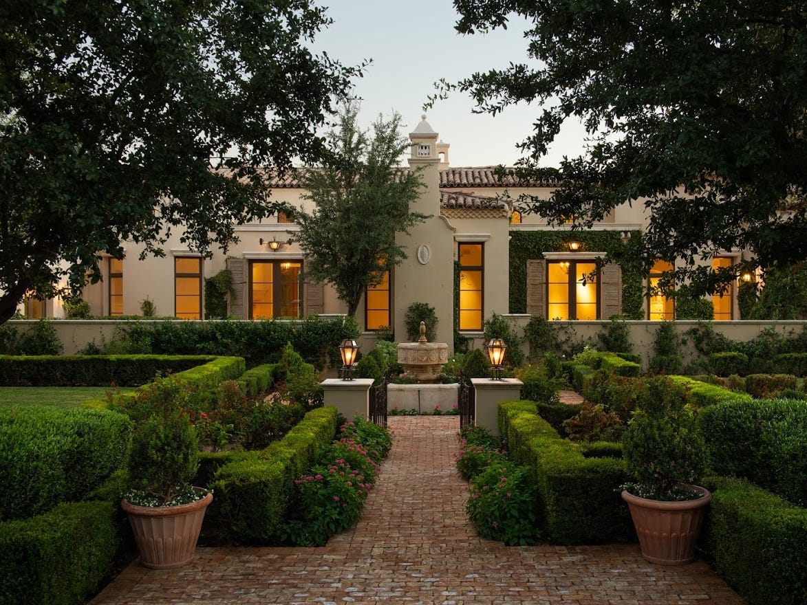 John Thomas Winterling purchased this  Paradise Valley mansion for $5.3 million.