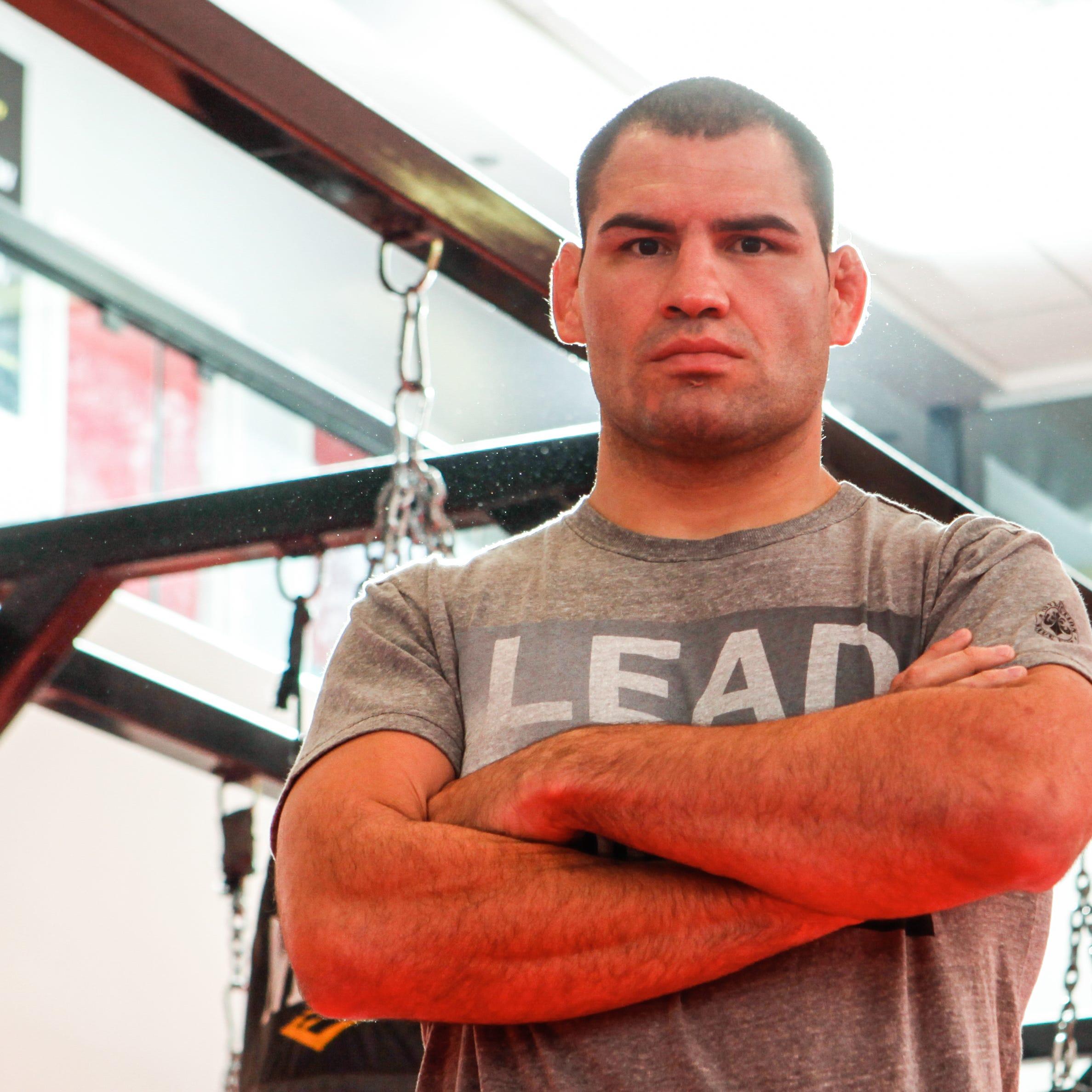 Caín Velásquez encabezará cartelera de 'UFC Fight Night' en Phoenix