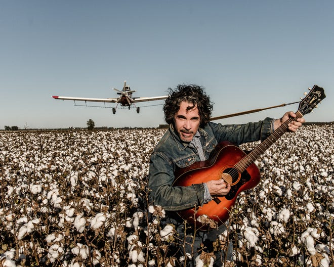 John Oates of Hall and Oates will be performing Saturday at the Weill Center in downtown Sheboygan.